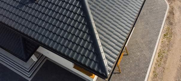 blachodachówka falista jako pokrycie dachowe