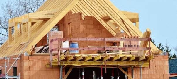 budowa domu stawianie ścian (2)