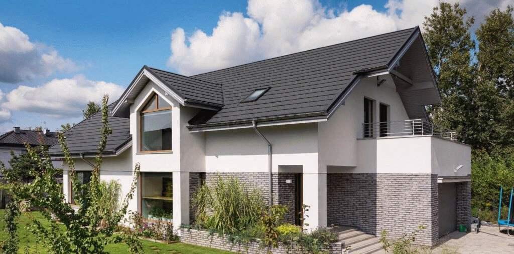 Pokrycie dachu dachówką ceramiczna