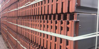 dachówki dostępne od ręki