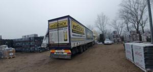 transport dachówek płaskich